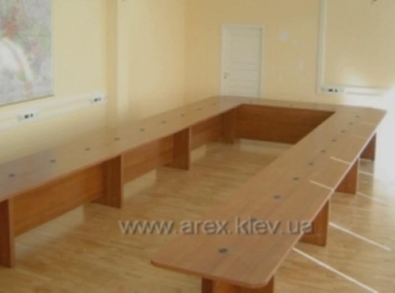 Мебель для конференц зала 17