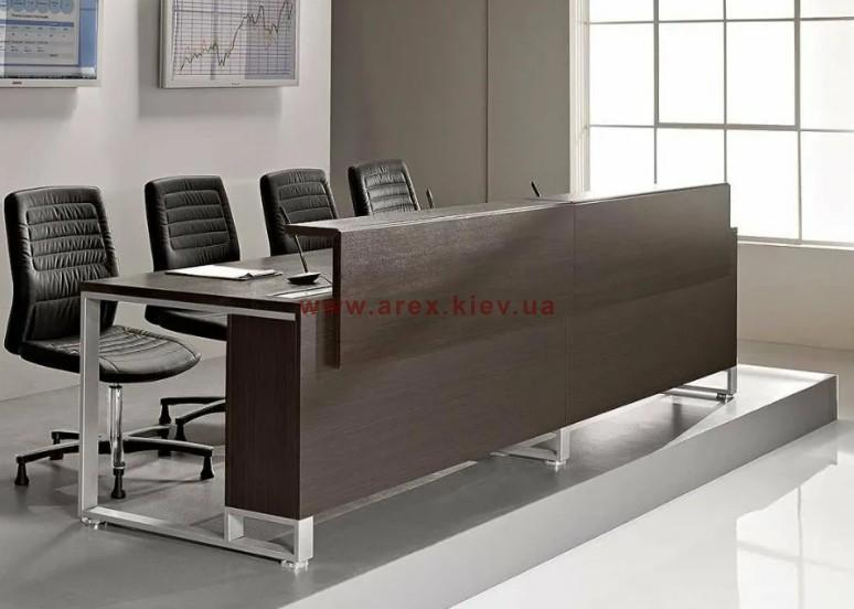 Стол для актового зала СП12