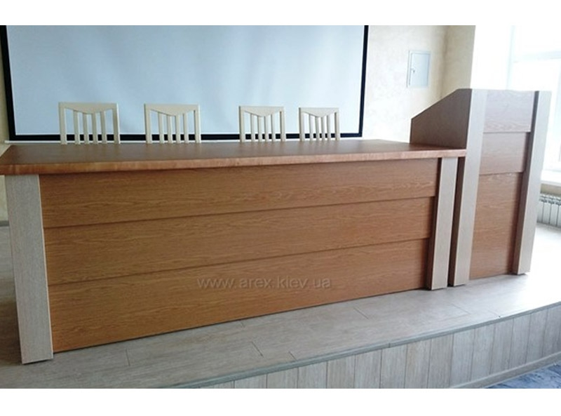 Стол президиума СП01+трибуна