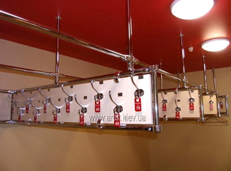 Подвесной гардероб с номерками №12