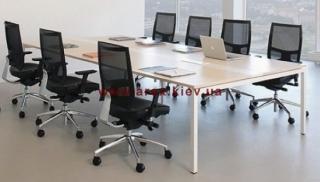 Офисный стол для  переговоров R17